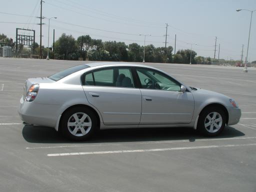 Cars Asyu Nissan Altima 2002 Silver